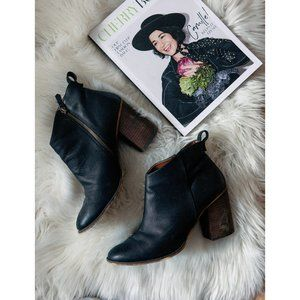 Black Heeled boot by Dolce Vita